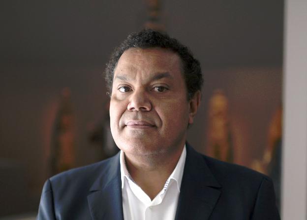 Le Kanak Emmanuel Kasarhérou va être nommé à la tête du Quai Branly - 27 mai 2020 - lejournaldesarts.fr