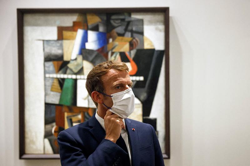 Macron loue la relation franco-russe en inaugurant l'exposition de la collection Morozov à la Fondation Vuitton