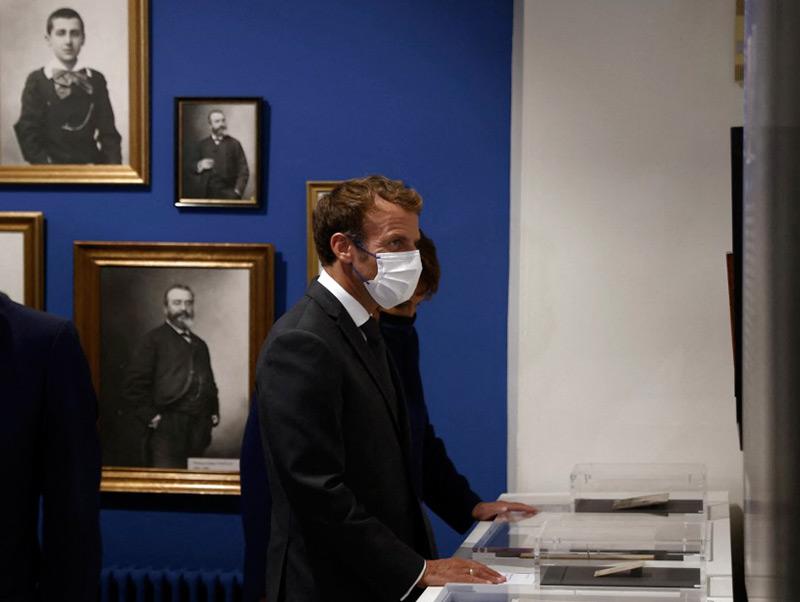 Macron appelle à « toujours réinventer » le patrimoine