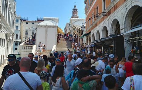 Les touristes de Venise bientôt taxés