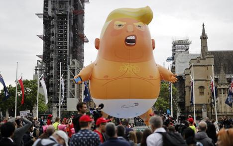 Ballon représentant Trump en bébé utilisé par les manifestants anti Trump aux États-Unis en 2019