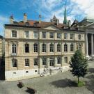 La maison Mallet, qui accueille le Musée international de la Réforme, à côté de la cathédrale Saint-Pierre à Genève. © Jacques Betant