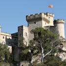 Château de La Barben dans les Bouches-du-Rhône. © Georges Seguin